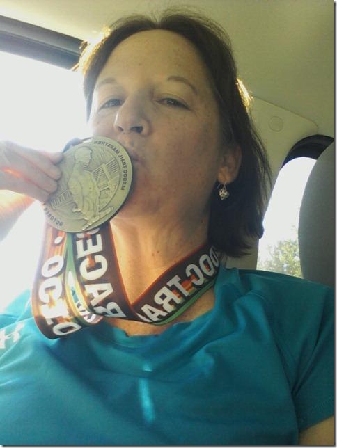 kissing medal